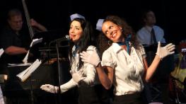 Lauren and Chiara looking like happy 'Jet Set' stewardesses!